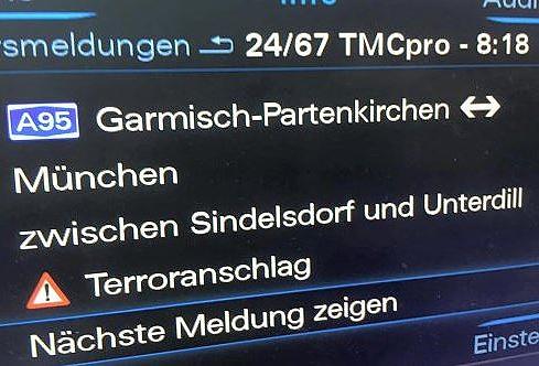 Terroranschlag zwischen Sindelsdorf und Unterdill! Diese Schreckensmeldung ereilte einen Steuerprüfer aus Murnau während einer Fahrt auf der Autobahn in der Region. Urheber der Warnung: sein Navi.  --> http://www.focus.de/regional/muenchen/auf-der-a95-muenchen-garmisch-navi-spielt-verrueckt-und-warnt-vor-terroranschlag_id_5031240.html